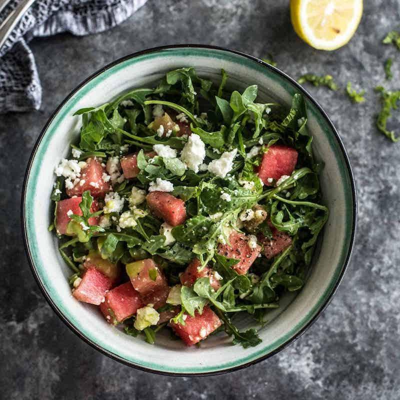 gesunde gerichte feta wassermelone salat mit rucola