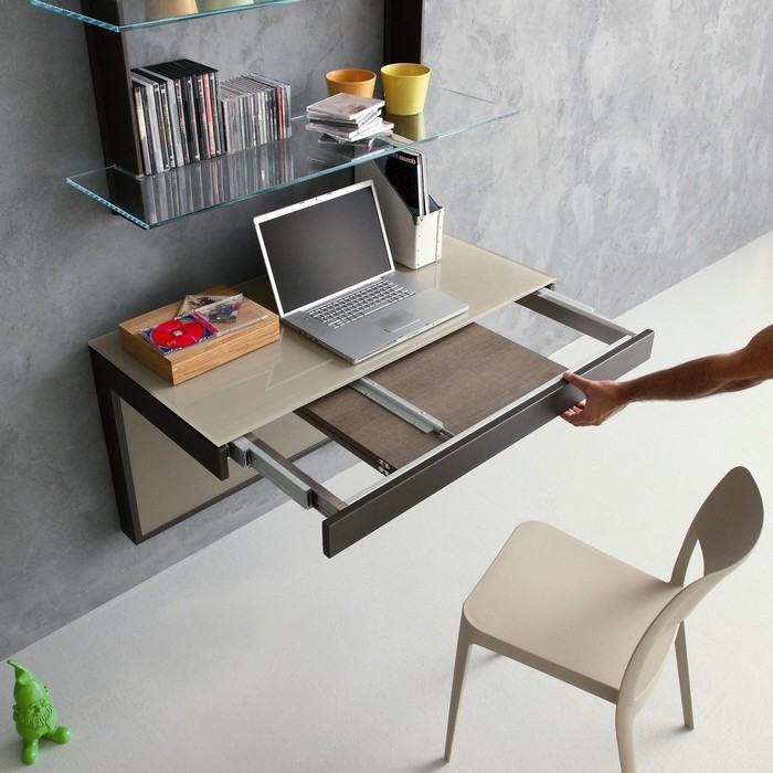 home office ausstattung kleines büro ideen wandmontierter schreibtisch aufhängen mit ziehbarem teil