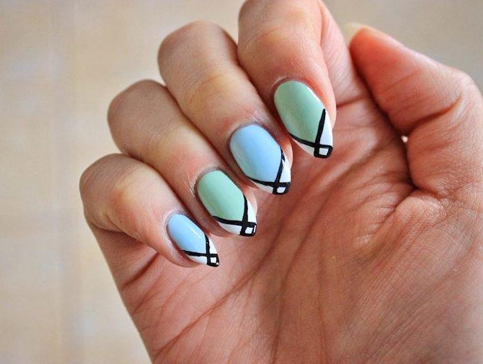 nails 2021 sommer nägel farben kurze nägel sommer 2021 ideen gelnägel fingernägel design minzblau himmelblau mit schwarzen linien