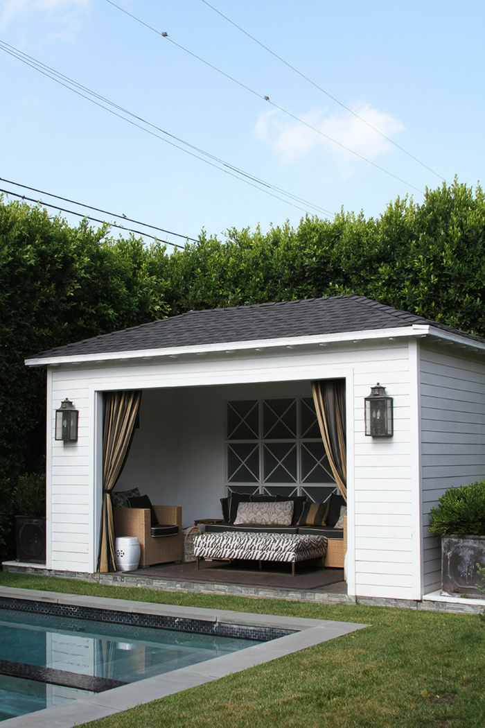 poolhaus klein mit schwimmbad moderne häuser poolgestaltung inspiration und ideen modernes sofa