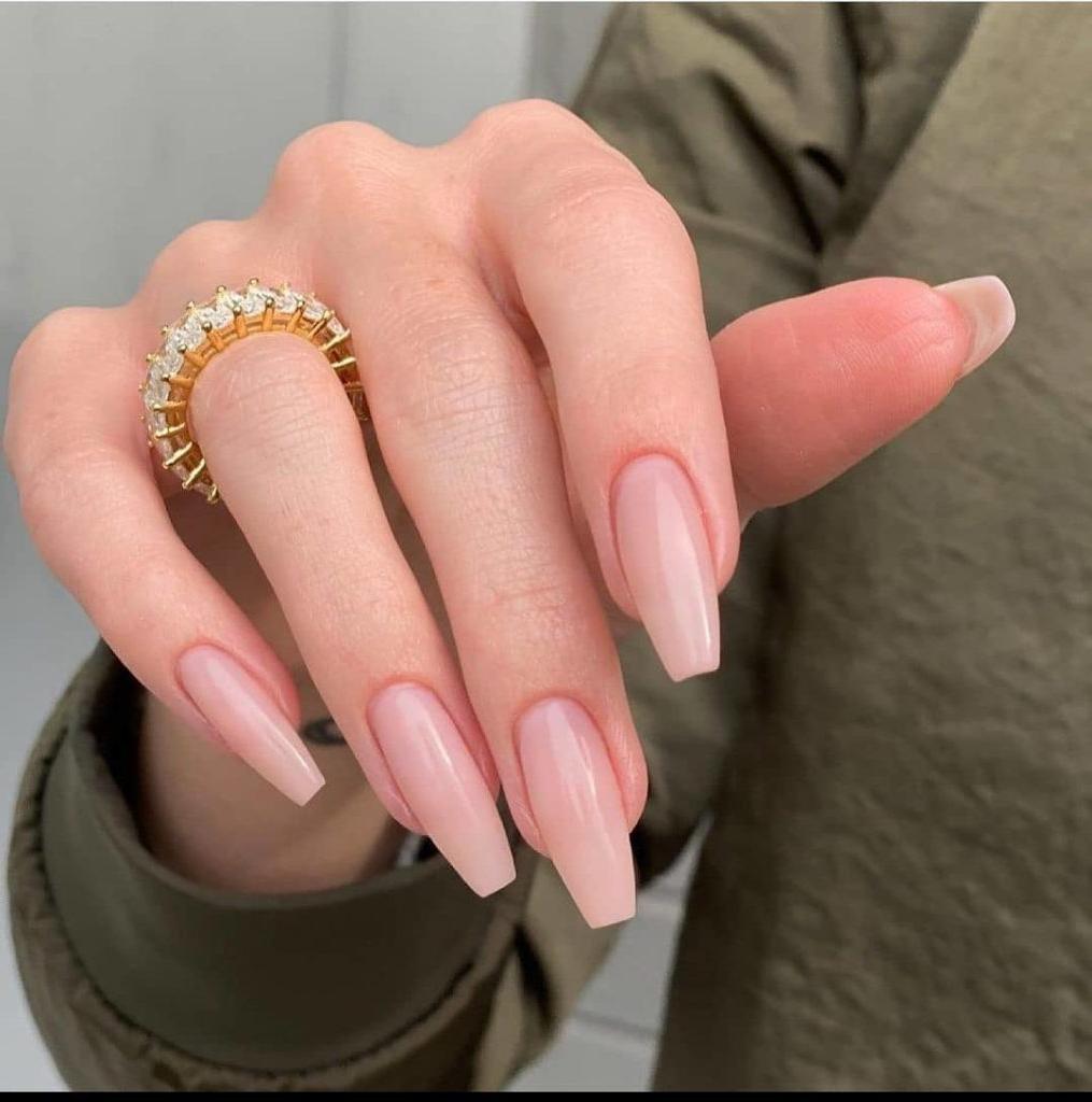 sommernägel design nails 2021 gelnägel farben fingernägel design für 2021 gelnägel rosa nude coffin nägel goldener ring