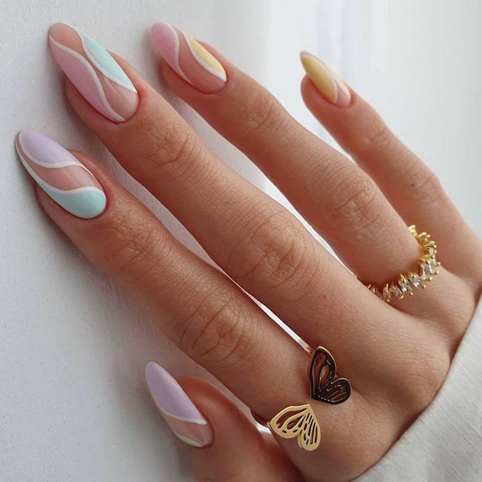 trend gelnägel 2021 sommer ideen für gelnägel rosa fingernägel design ballerina nägel ribbon design in pastell rosa ubd minzgrün