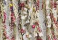 Erfahren Sie, wie Sie Ihr Zuhause mit Trockenblumen dekorieren