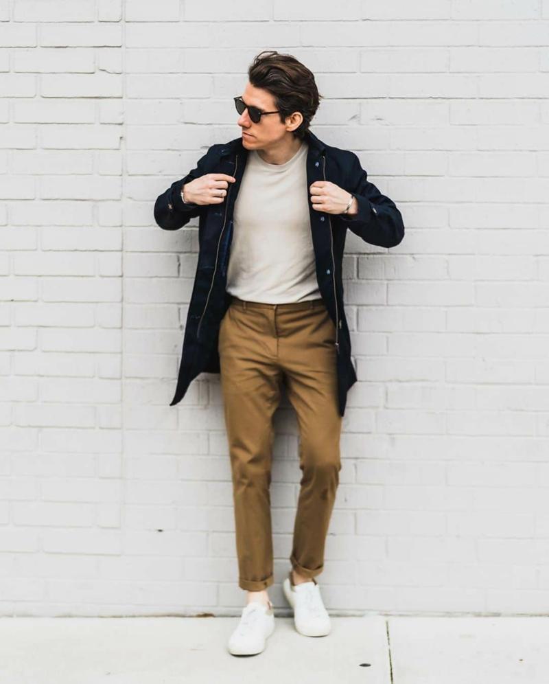 ein mann mit brille outfit regeln für das erste date