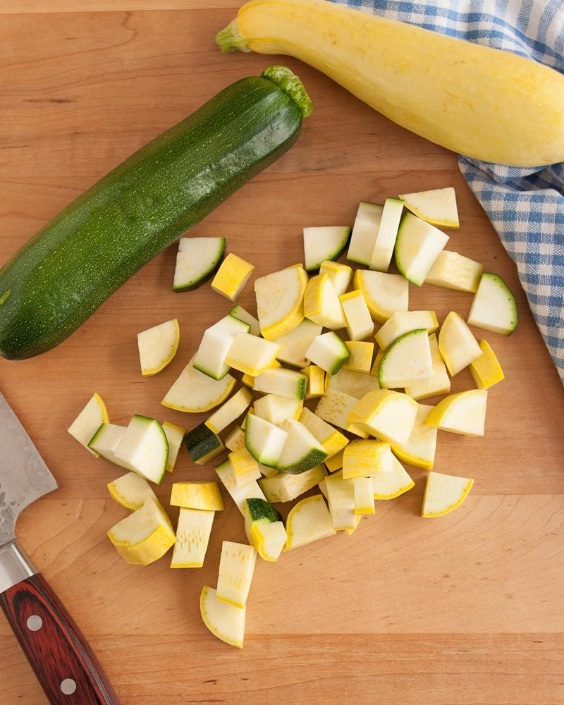 kann man zucchini einfrieren fruchtgemüse schneiden in stücke