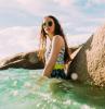 meer und eine frau strand outfit tipps badeanzug