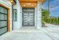 Schutz der Eingangstür eines Hauses