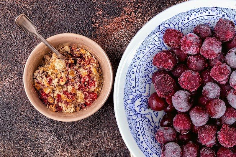 sommer früchte leichte rezepte süßkirschen verarbeiten smoothie bowl