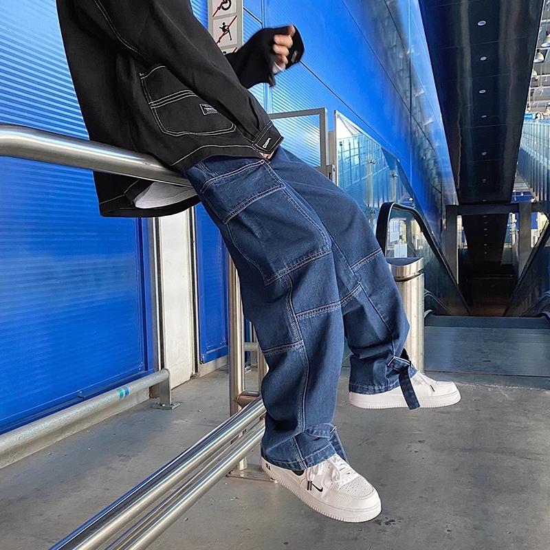 wide leg jeans männer outfit wem stehen wide leg jeans mann in blauen jeans