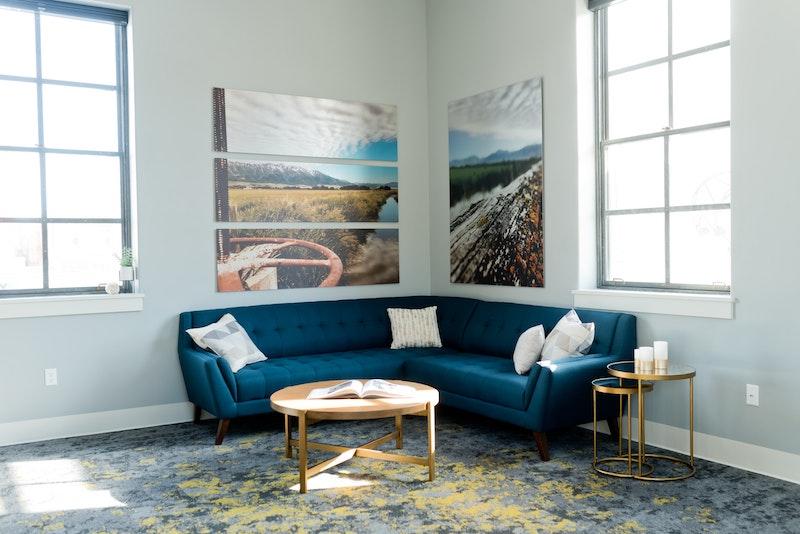 wohnzimmer einrichten moderne wanddeko leinwandfoto inspiration