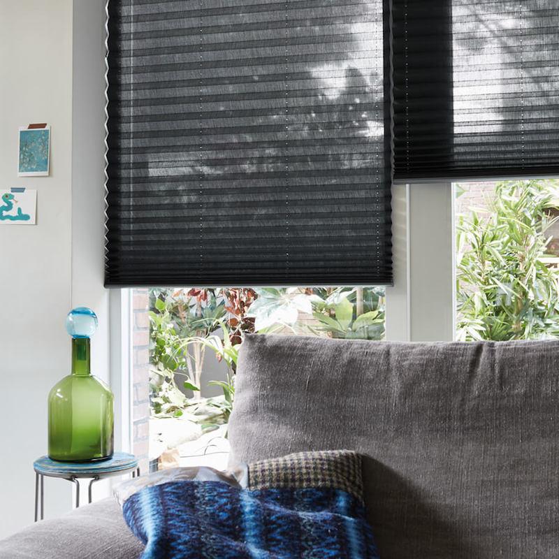 wohnzimmer einrichtung modern sichtschutz ideen und tipps