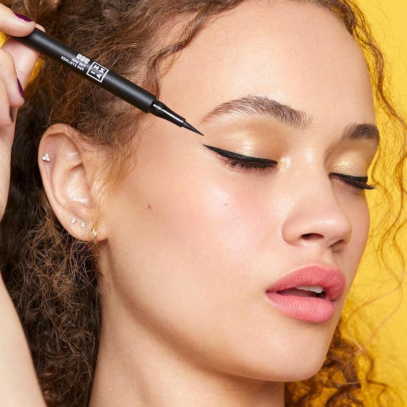 eyeliner auftragen für anfänger eyeliner hacjs lidstrich ziehen pinsel