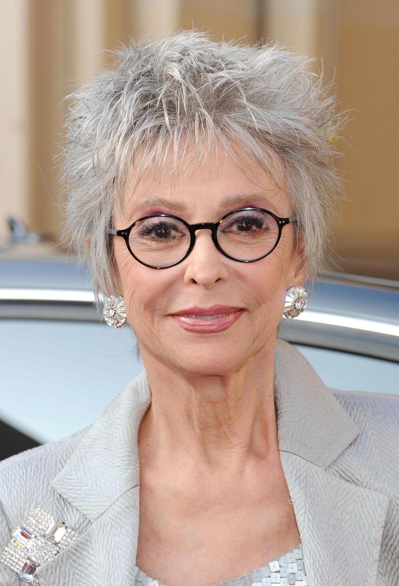 frisuren ab 60 die jünger machen mit brille kurzes haar
