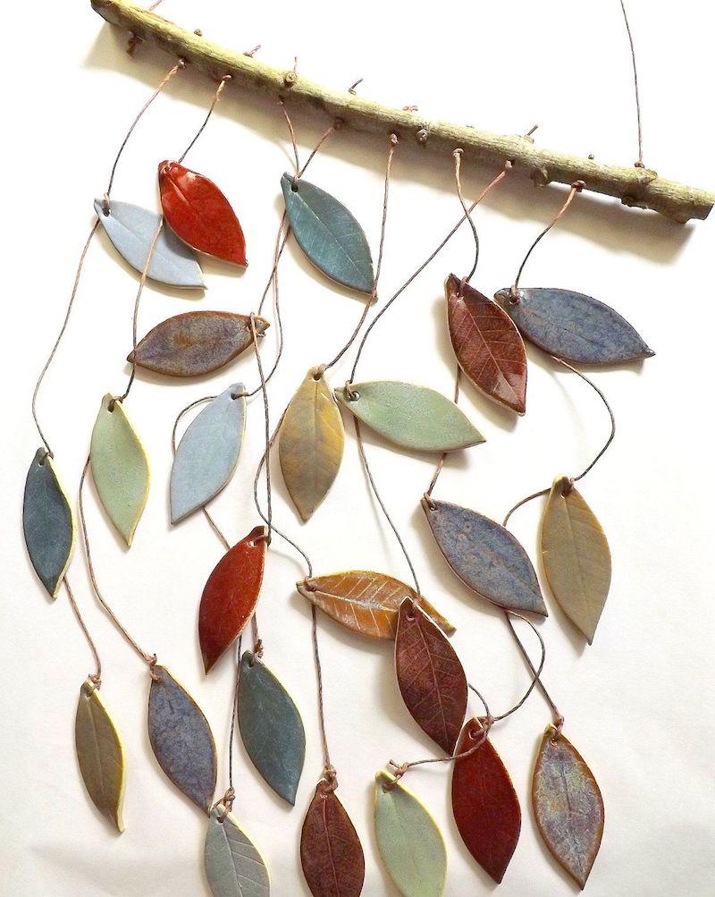 herbst bastelnfensterdeko fensterdeko selber basteln deko träumenfänger mit blättern