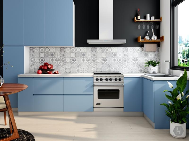 immobilie verkaufen küche renovieren küchengestaltung in weiß und hellblau
