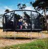 spaß auf dem trampolin kinder garten gestalten