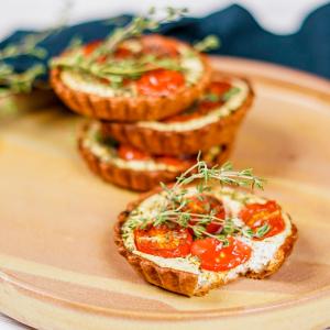 tomaten tarte selber machen mini tomaten tortaletts