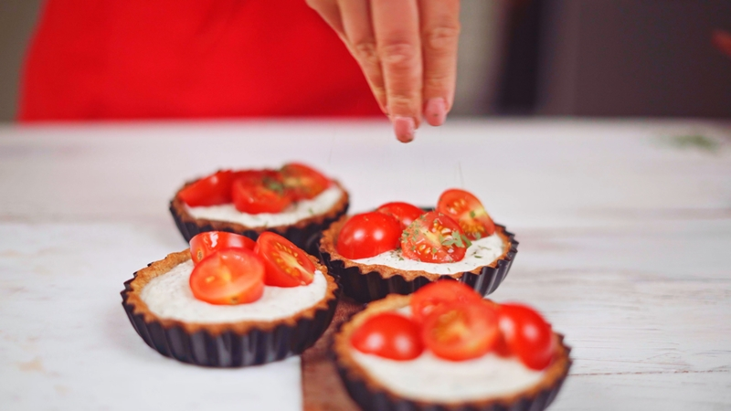 tomatentarte rezept mit ricotta cherry tomaten und thymian