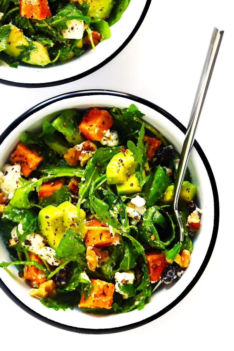 3 hersbtlliche salate mit süßkartoffel avocado und nüssen leichte rezepte