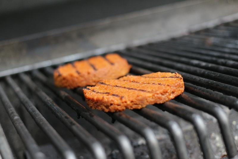 3 veganes essen grillen fleischersatz ideen