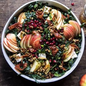 4 salat mit äpfeln spinat und granatapfel rezepte für herbstsalate einfach