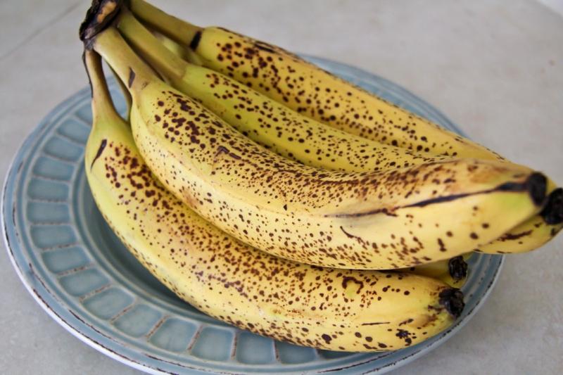 bananenkuchen mit viel bananen backen
