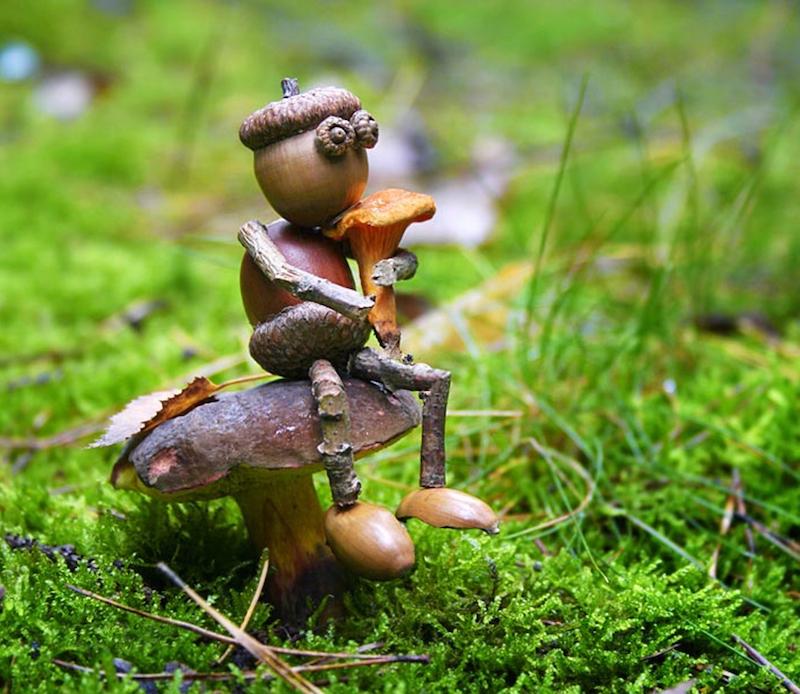 basteln herbst mit naturelementen herbstdeko ideen kinder männchen aus eicheln
