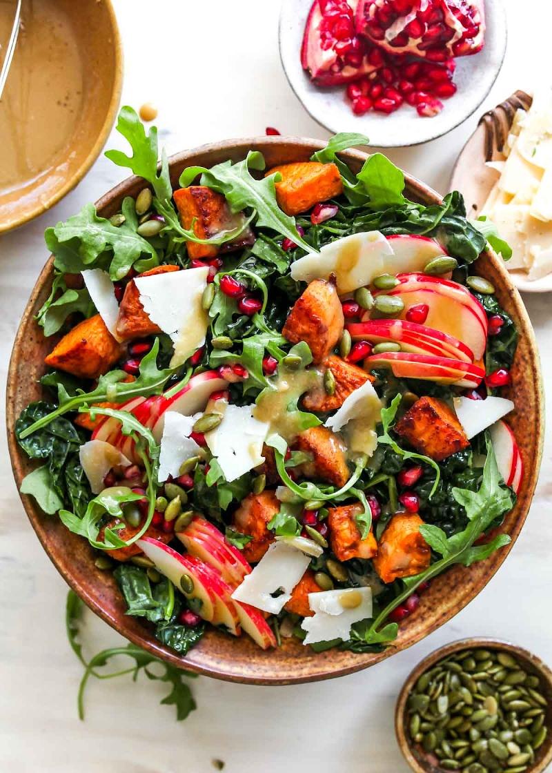 bester salat mit apfel herbstsalat zum abendessen zubereitne rezept