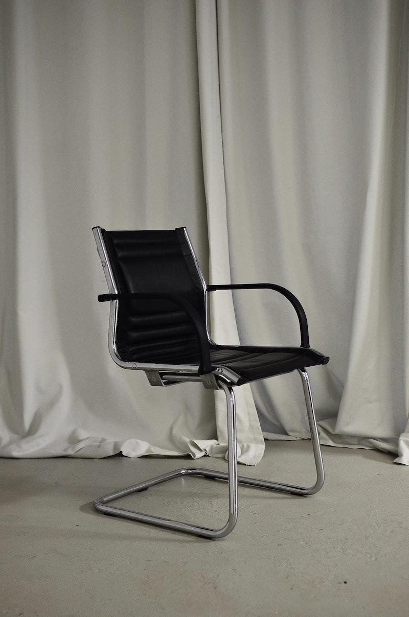 bürostuhl ohne rollen bürostuhl kaufen northdekoshop klassischer bürostuhl schwarz