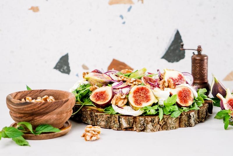 feigen rezepte eifacher salat mit feigen und nüssen