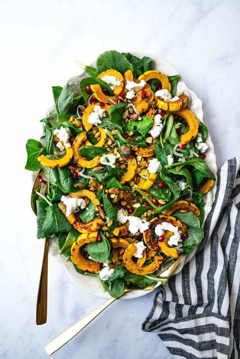 gesundes essen zubereiten herbstliche salate mit kürbis und granatapfel