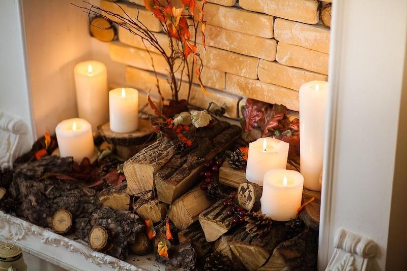 herbstdeko holz kerze falscher kamin dekoration