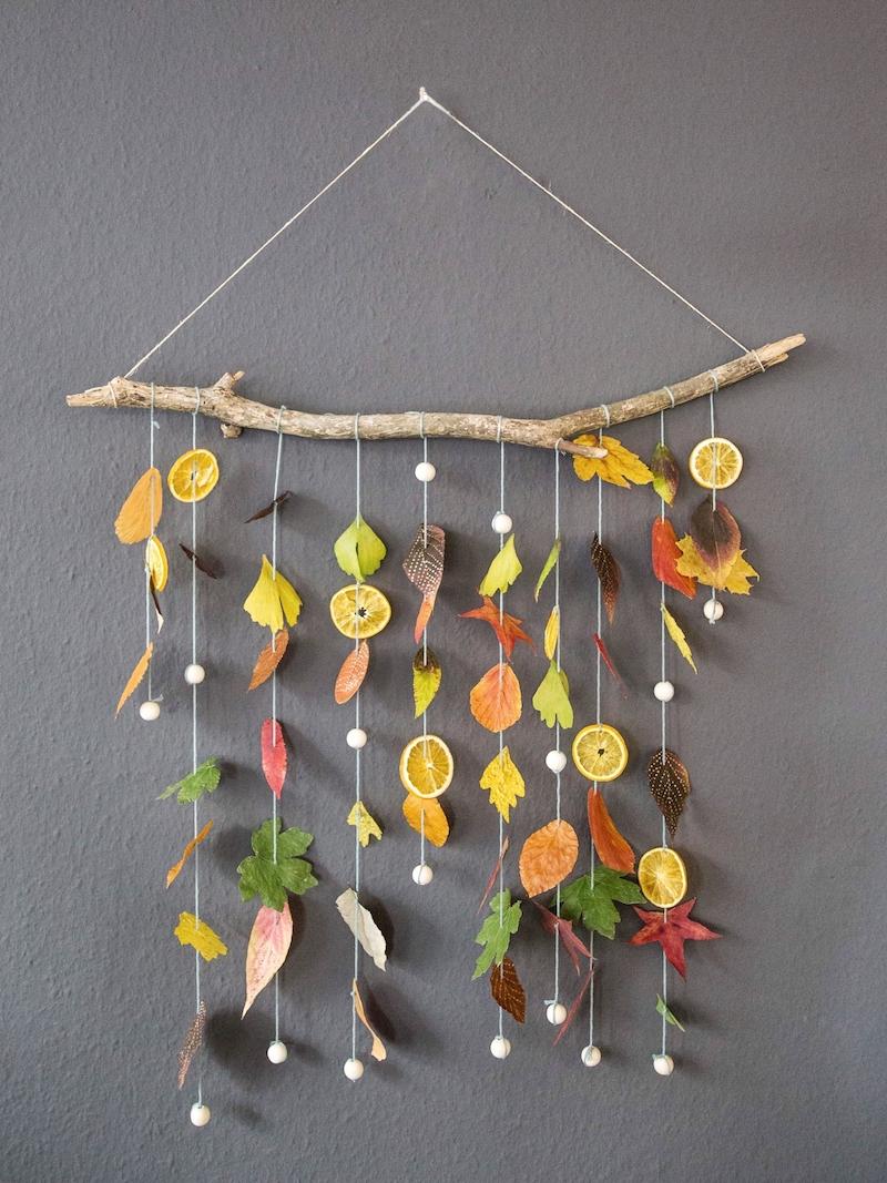 herbstdeko ideen basteln mit kindern fensterdeko basteln herbst wanddeko aus blätter
