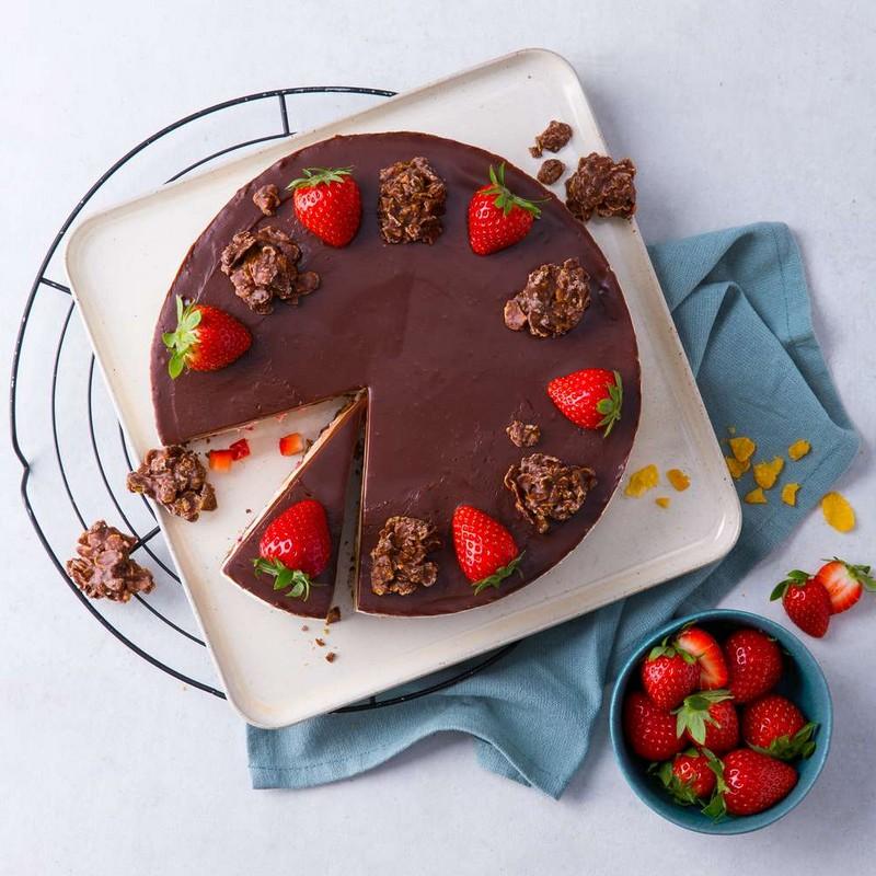 schoko crossies selber machen rezept schoko crossies original torte mit schoko crossies und erdbeeren