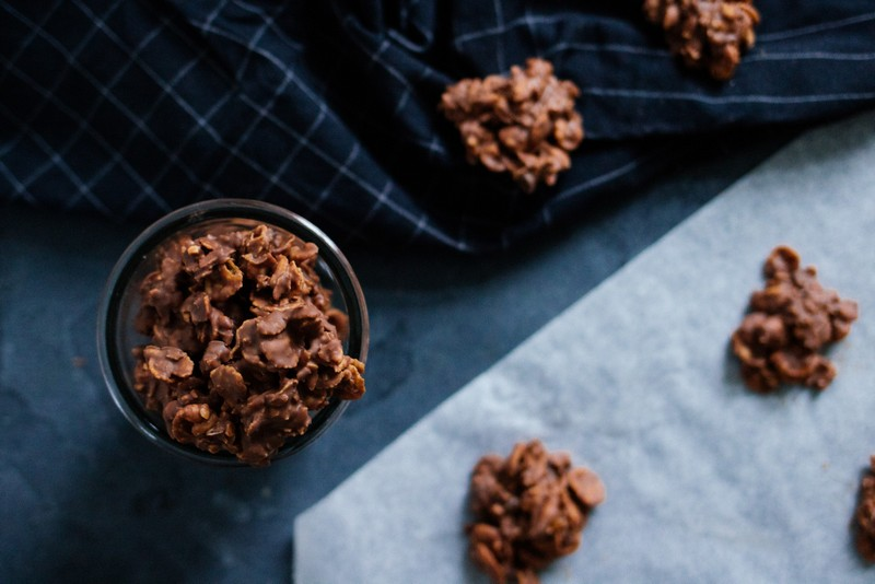 vegane choco crossies rezept schoko crossies mit kokosfett in glas