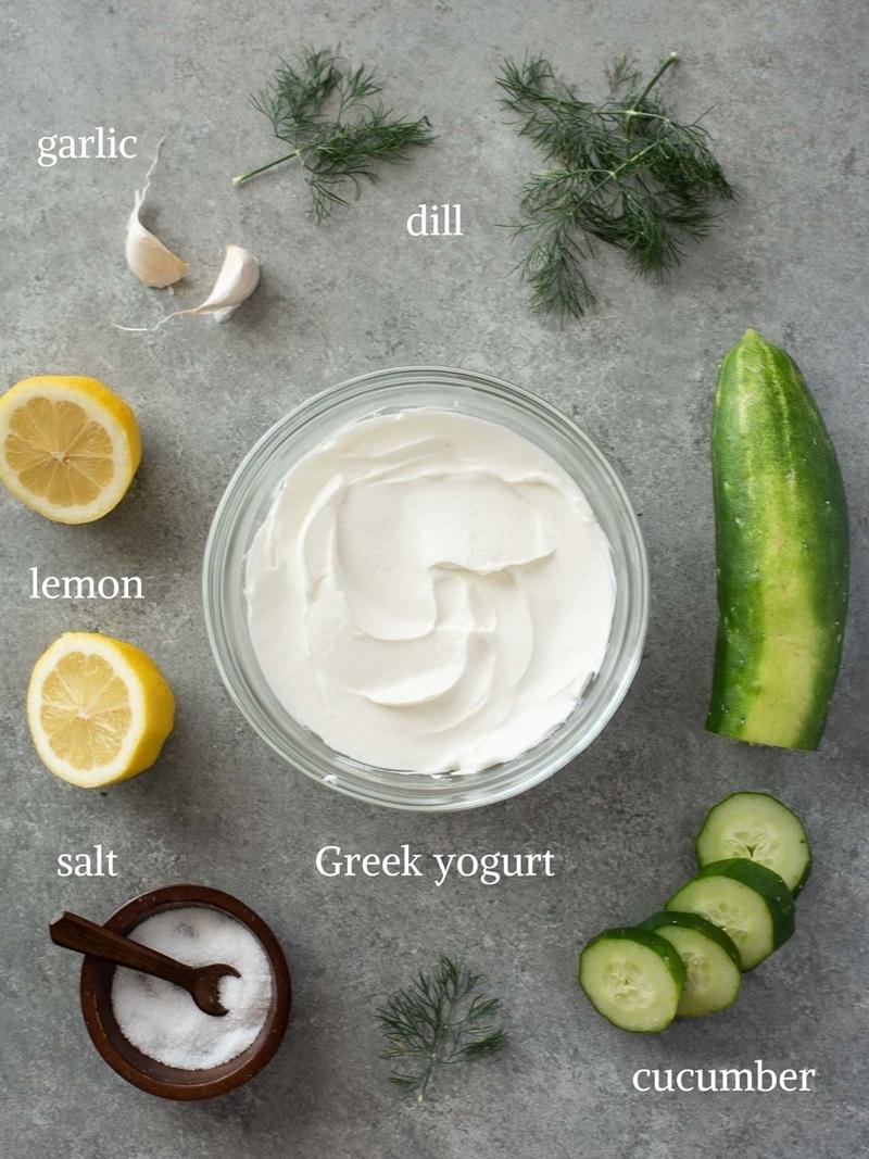 zaziki selber machen nötige zutaten joghurt gurke zitrone kräutern